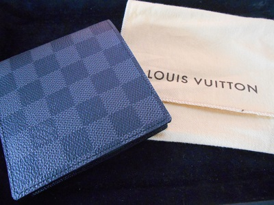 VUITTON_purse.jpg